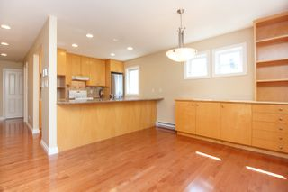 Photo 11: Master on Main in Detached Townhome in Sidney