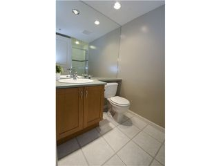 Photo 9: 102 2161 West 12th Avenue in Carlings: Home for sale : MLS®# V991286