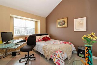 Photo 10: 1039 E 10TH Avenue in Vancouver: Mount Pleasant VE House 1/2 Duplex for sale (Vancouver East)  : MLS®# R2442601