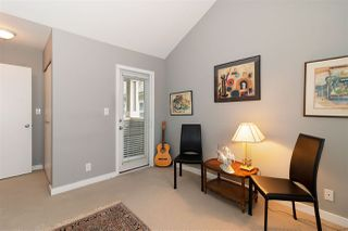 Photo 12: 1039 E 10TH Avenue in Vancouver: Mount Pleasant VE House 1/2 Duplex for sale (Vancouver East)  : MLS®# R2442601