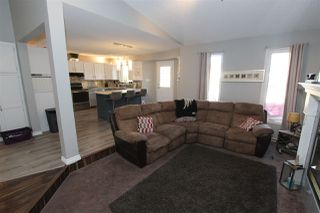 Photo 6: 103 WOODSIDE Crescent: Spruce Grove House for sale : MLS®# E4194539