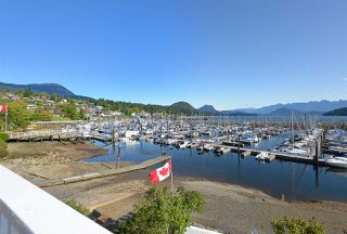 Photo 2: 670 BAY Road in Gibsons: Gibsons & Area House for sale (Sunshine Coast)  : MLS®# R2454491