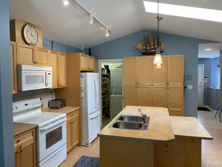 Photo 7: 107 1919 St Andrews Pl in COURTENAY: CV Courtenay East Row/Townhouse for sale (Comox Valley)  : MLS®# 840958