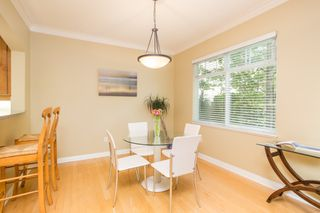 "Photo 11: 5412 LARCH Street in Vancouver: Kerrisdale Townhouse for sale in ""LARCHWOOD"" (Vancouver West)  : MLS®# R2466772"