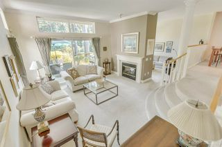 """Photo 8: 57 3405 PLATEAU Boulevard in Coquitlam: Westwood Plateau Townhouse for sale in """"PINNACLE RIDGE"""" : MLS®# R2483170"""