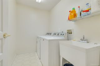 """Photo 29: 57 3405 PLATEAU Boulevard in Coquitlam: Westwood Plateau Townhouse for sale in """"PINNACLE RIDGE"""" : MLS®# R2483170"""