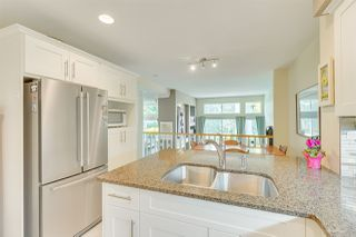 """Photo 19: 57 3405 PLATEAU Boulevard in Coquitlam: Westwood Plateau Townhouse for sale in """"PINNACLE RIDGE"""" : MLS®# R2483170"""