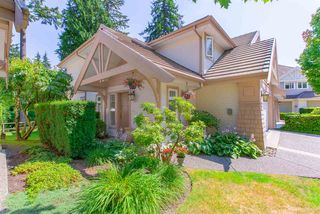 """Photo 3: 57 3405 PLATEAU Boulevard in Coquitlam: Westwood Plateau Townhouse for sale in """"PINNACLE RIDGE"""" : MLS®# R2483170"""