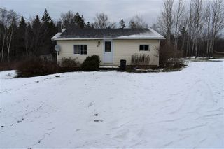 Photo 1: 68 DOTY Road in Ashmore: 401-Digby County Residential for sale (Annapolis Valley)  : MLS®# 202025102