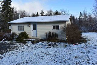 Photo 2: 68 DOTY Road in Ashmore: 401-Digby County Residential for sale (Annapolis Valley)  : MLS®# 202025102