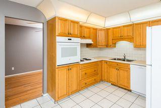 Photo 11: 8012 180 Street in Edmonton: Zone 20 House for sale : MLS®# E4224974