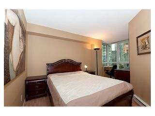 """Photo 9: 1306 588 BROUGHTON Street in Vancouver: Coal Harbour Condo for sale in """"HARBOURSIDE PARK TOWER"""" (Vancouver West)  : MLS®# V914960"""