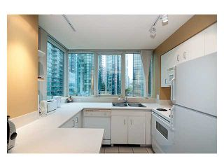 """Photo 8: 1306 588 BROUGHTON Street in Vancouver: Coal Harbour Condo for sale in """"HARBOURSIDE PARK TOWER"""" (Vancouver West)  : MLS®# V914960"""