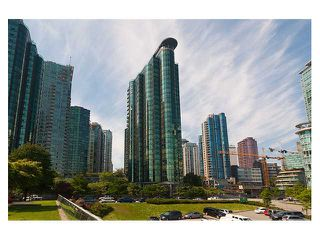 """Photo 1: 1306 588 BROUGHTON Street in Vancouver: Coal Harbour Condo for sale in """"HARBOURSIDE PARK TOWER"""" (Vancouver West)  : MLS®# V914960"""