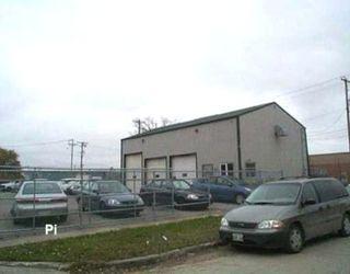 Main Photo: 599 Washington Avenue: Industrial / Commercial / Investment for sale (East Kildonan)  : MLS®# 2717624