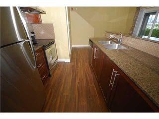 Photo 4: # 17 6538 ELGIN AV in Burnaby: Forest Glen BS Condo for sale (Burnaby South)  : MLS®# V924515