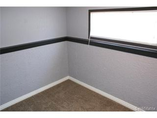 Photo 37: 118 LLOYD Crescent in Regina: Uplands Single Family Dwelling for sale (Regina Area 01)  : MLS®# 478779