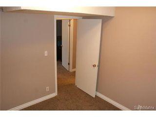 Photo 35: 118 LLOYD Crescent in Regina: Uplands Single Family Dwelling for sale (Regina Area 01)  : MLS®# 478779