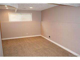 Photo 29: 118 LLOYD Crescent in Regina: Uplands Single Family Dwelling for sale (Regina Area 01)  : MLS®# 478779