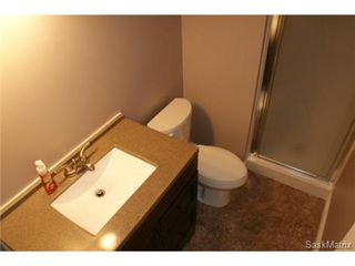 Photo 33: 118 LLOYD Crescent in Regina: Uplands Single Family Dwelling for sale (Regina Area 01)  : MLS®# 478779