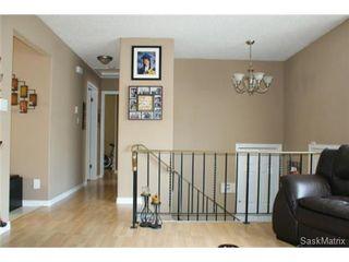 Photo 8: 118 LLOYD Crescent in Regina: Uplands Single Family Dwelling for sale (Regina Area 01)  : MLS®# 478779