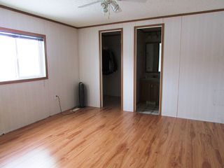 "Photo 10: 5246 PEACEVIEW Road in Fort St. John: Fort St. John - Rural E 100th Manufactured Home for sale in ""NORTH TAYLOR"" (Fort St. John (Zone 60))  : MLS®# N233162"