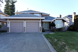 Main Photo: 2423 150TH Street in Surrey: Sunnyside Park Surrey House for sale (South Surrey White Rock)  : MLS®# F1402972