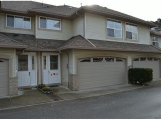 """Main Photo: 12 12165 75 Avenue in Surrey: West Newton Townhouse for sale in """"Strawberry Hill Estates"""" : MLS®# F1403704"""
