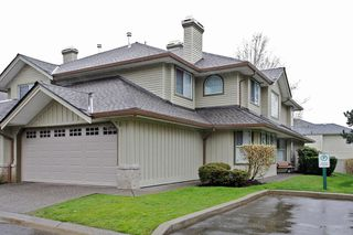 "Photo 4: 34 15860 82ND Avenue in Surrey: Fleetwood Tynehead Townhouse for sale in ""Oak Tree"" : MLS®# F1435529"
