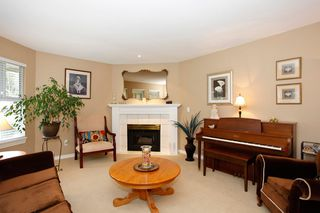 "Photo 9: 34 15860 82ND Avenue in Surrey: Fleetwood Tynehead Townhouse for sale in ""Oak Tree"" : MLS®# F1435529"