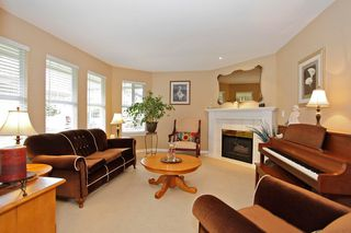 "Photo 8: 34 15860 82ND Avenue in Surrey: Fleetwood Tynehead Townhouse for sale in ""Oak Tree"" : MLS®# F1435529"