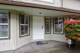 "Photo 6: 34 15860 82ND Avenue in Surrey: Fleetwood Tynehead Townhouse for sale in ""Oak Tree"" : MLS®# F1435529"