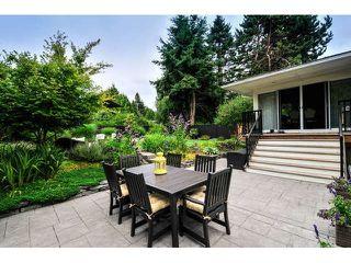 Photo 2: 13715 COLDICUTT Avenue: White Rock House for sale (South Surrey White Rock)  : MLS®# F1446716