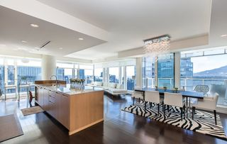 Photo 3: 4305 1011 W CORDOVA Street in Vancouver: Coal Harbour Condo for sale (Vancouver West)  : MLS®# R2022678