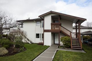 """Photo 17: 221 15153 98 Avenue in Surrey: Guildford Townhouse for sale in """"Glenwood Village"""" (North Surrey)  : MLS®# R2040230"""