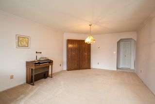 """Photo 9: 221 15153 98 Avenue in Surrey: Guildford Townhouse for sale in """"Glenwood Village"""" (North Surrey)  : MLS®# R2040230"""