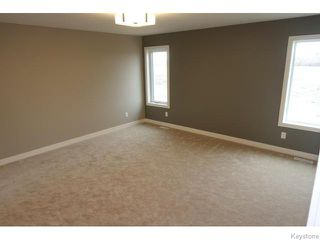 Photo 15: 109 Luzon Bay in Winnipeg: Maples / Tyndall Park Residential for sale (North West Winnipeg)  : MLS®# 1609459