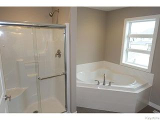 Photo 14: 109 Luzon Bay in Winnipeg: Maples / Tyndall Park Residential for sale (North West Winnipeg)  : MLS®# 1609459
