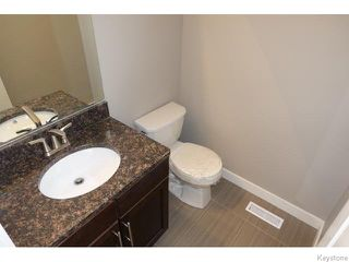 Photo 11: 109 Luzon Bay in Winnipeg: Maples / Tyndall Park Residential for sale (North West Winnipeg)  : MLS®# 1609459