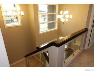 Photo 4: 109 Luzon Bay in Winnipeg: Maples / Tyndall Park Residential for sale (North West Winnipeg)  : MLS®# 1609459