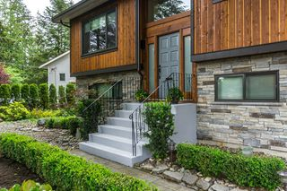 "Photo 3: 20176 40 Avenue in Langley: Brookswood Langley House for sale in ""Brookswood"" : MLS®# R2069980"