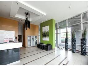 "Photo 3: 2105 13618 100 Avenue in Surrey: Whalley Condo for sale in ""INFINITI"" (North Surrey)  : MLS®# R2073254"