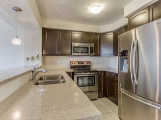 Photo 3: 36 Memory Lane in Brampton: Northwest Brampton House (3-Storey) for sale : MLS®# W3508388