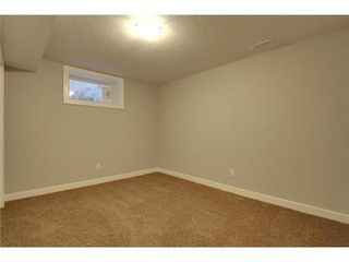 Photo 15: 14 ARMSTRONG Crescent SE in Calgary: Bungalow for sale : MLS®# C3546848