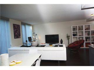 Photo 2: 7008 8080 GRANVILLE Avenue in Richmond: Brighouse South Condo for sale : MLS®# R2111019