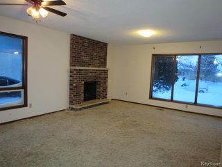 Photo 3: 69 Abraham Bay in Winnipeg: Maples Residential for sale (4H)  : MLS®# 1700540