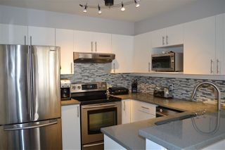 "Photo 7: 3155 W 4TH Avenue in Vancouver: Kitsilano Condo for sale in ""BRIDGEWATER"" (Vancouver West)  : MLS®# R2142418"