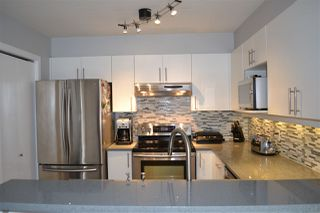 "Photo 8: 3155 W 4TH Avenue in Vancouver: Kitsilano Condo for sale in ""BRIDGEWATER"" (Vancouver West)  : MLS®# R2142418"