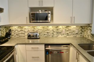 "Photo 9: 3155 W 4TH Avenue in Vancouver: Kitsilano Condo for sale in ""BRIDGEWATER"" (Vancouver West)  : MLS®# R2142418"