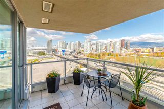 "Photo 8: 1206 125 MILROSS Avenue in Vancouver: Mount Pleasant VE Condo for sale in ""CREEKSIDE"" (Vancouver East)  : MLS®# R2159245"